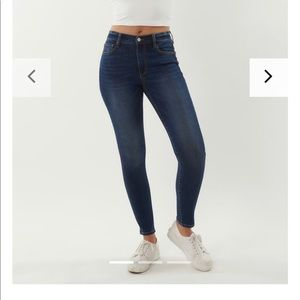 Mid Rise Garage Jeans